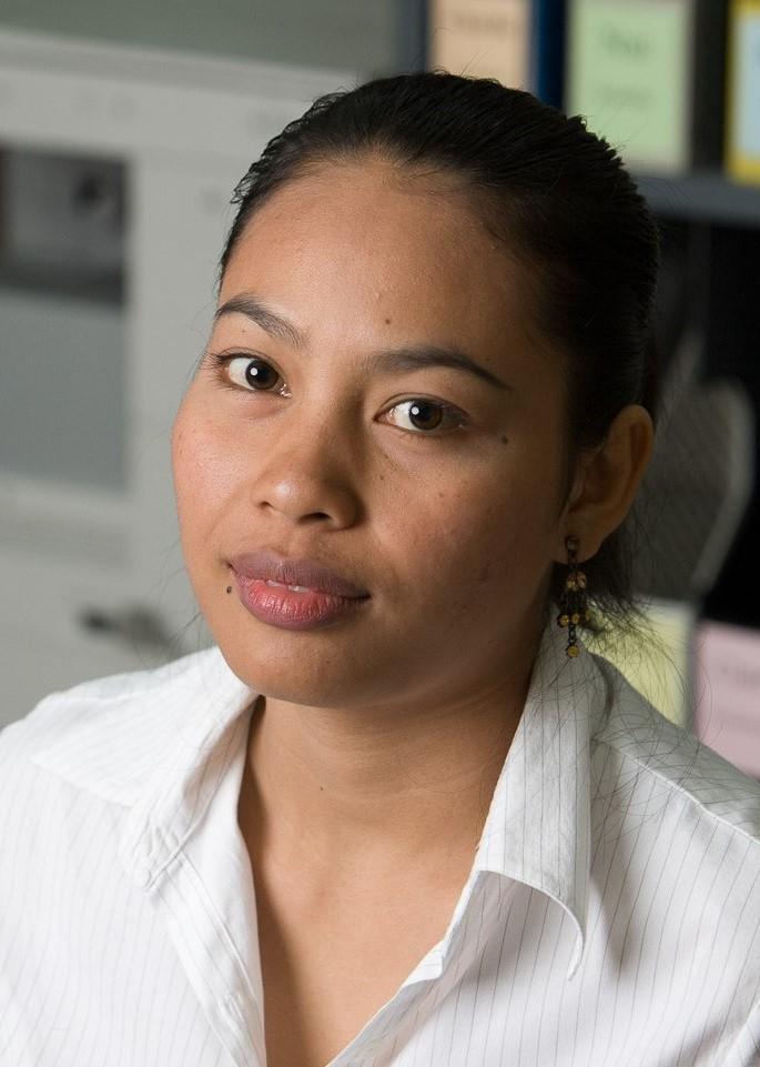 Weena Autharam (Nang)
