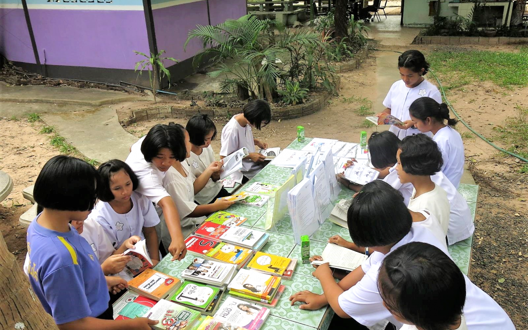 "Article: ""Empowering Girls in Thailand to Picture a Better Future"" by News Deeply"
